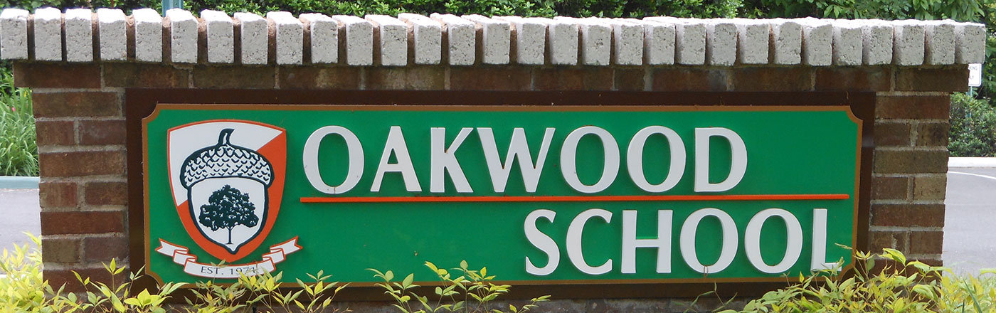 Oakwood School sign